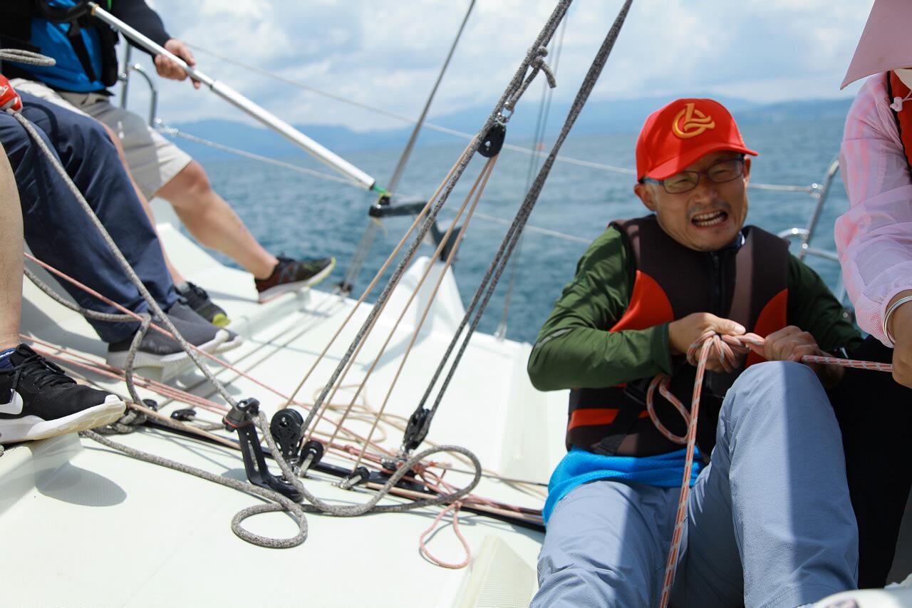 188bet官网手机版下载玉溪抚仙湖帆船铁人三项挑战赛