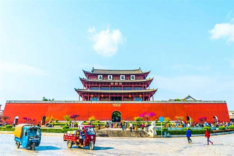 除了大理、丽江  云南还有这些古城