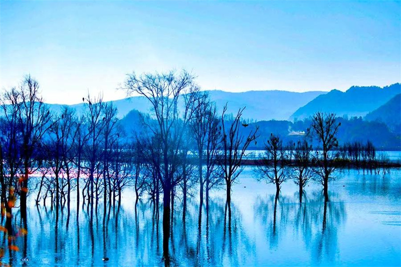 除了苍山、洱海  云南还有众多惊艳的山湖风光